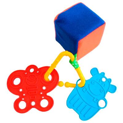 Погремушка-прорезыватель пластмастер радужный кубик 11168