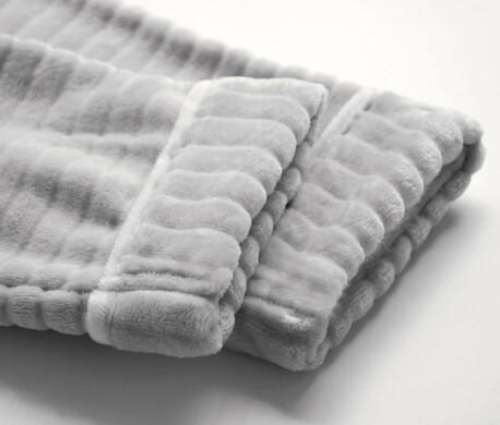 Халат Save&Soft без капюшона серый с тисненным рисунком р.м еb011