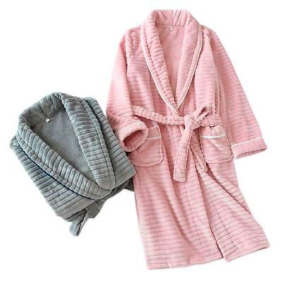 Халат Save&Soft без капюшона розовый с тисненным рисунком р.м еb011